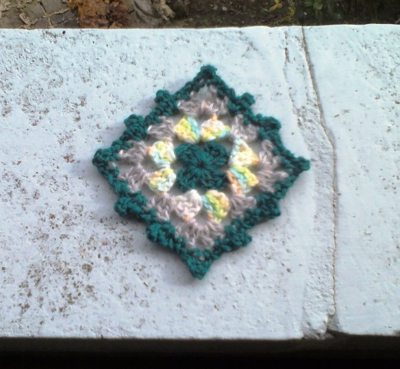 crochet coaster 8a - rita summers 2013